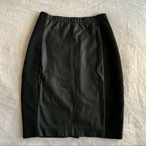 Aritzia Babaton Faux Leather skirt